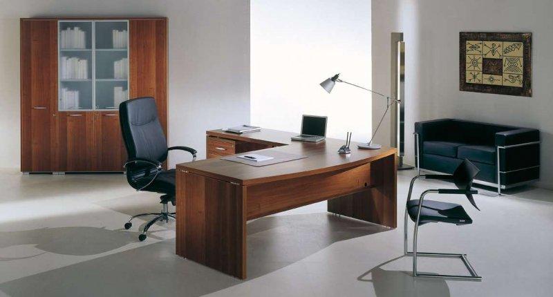 Scrivanie Ufficio Negozio : Scrivanie per uffici galleria fotografica scaffali metallici