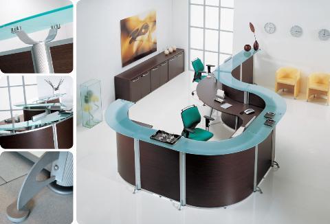 Banco reception mod welcome banchi reception poltrone for Scrivania reception